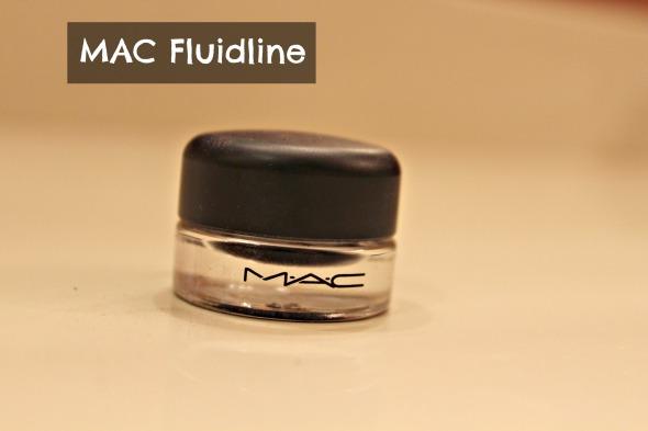 eye makeup tutorial MAC Fluidline